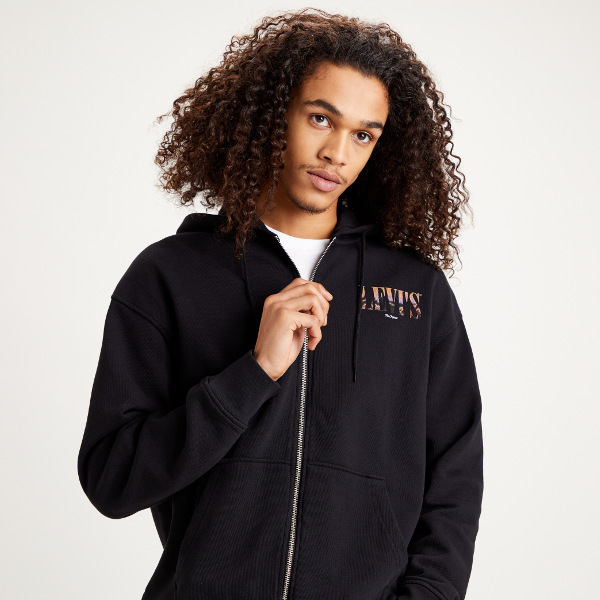 Levi's® Relaxed T2 Graphic Zip up Hoodie